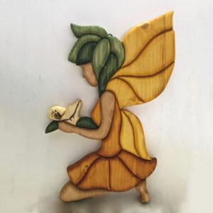 Fata con fiore