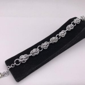 Bracciale con perle in alluminio